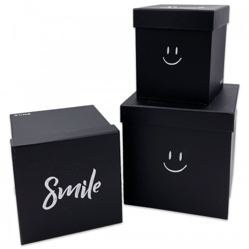 Коробки подар. 3шт SMILE (21*21*21;18*18*19;15*15*17,5) арт.11120 (1/18наб)